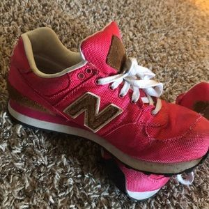 Gently used NewBalance pink shoes